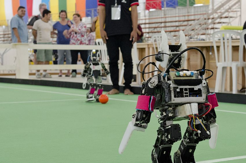 There's no escaping Watsone Dynamics' wheeled jumping robot